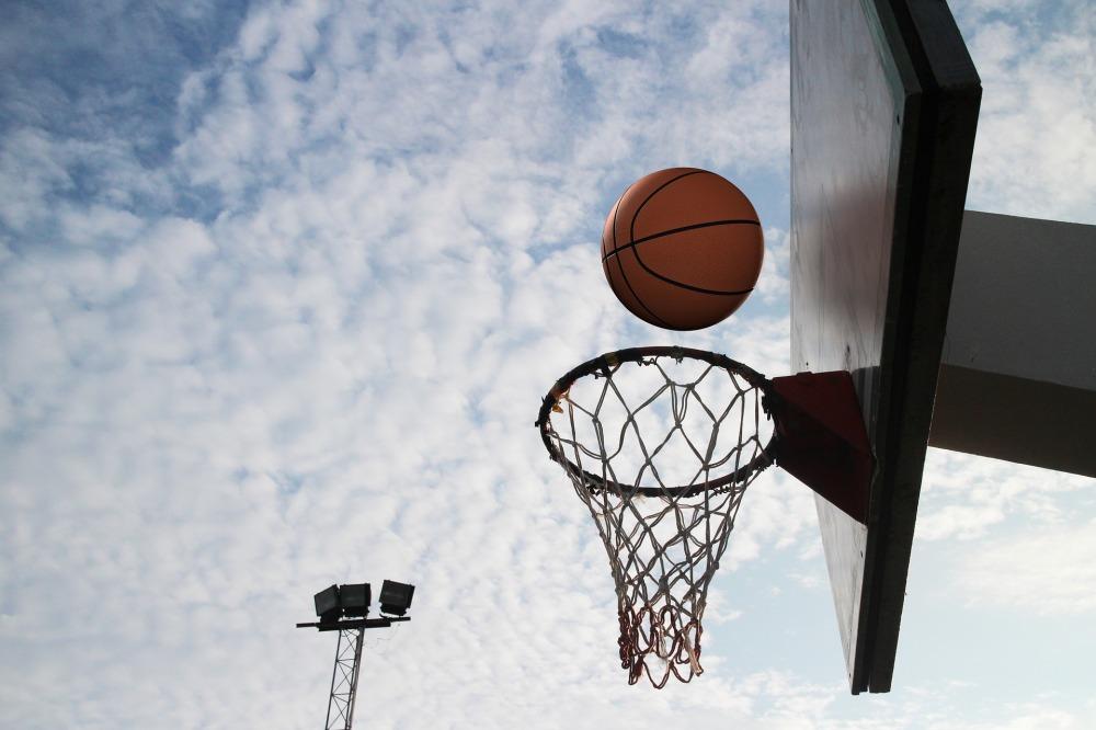 basketball-1447649_1920