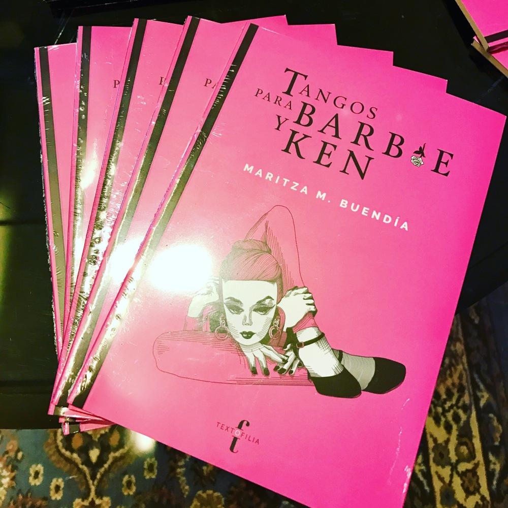 Tangos para Barbie y Ken de Maritza M. Buendía, Textofilia.
